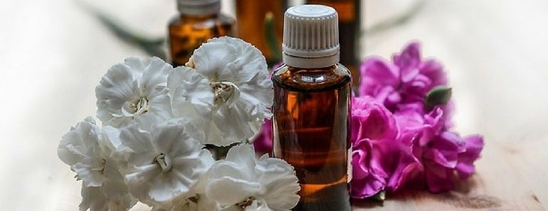 list-of-all-essential-oils-and-uses-min